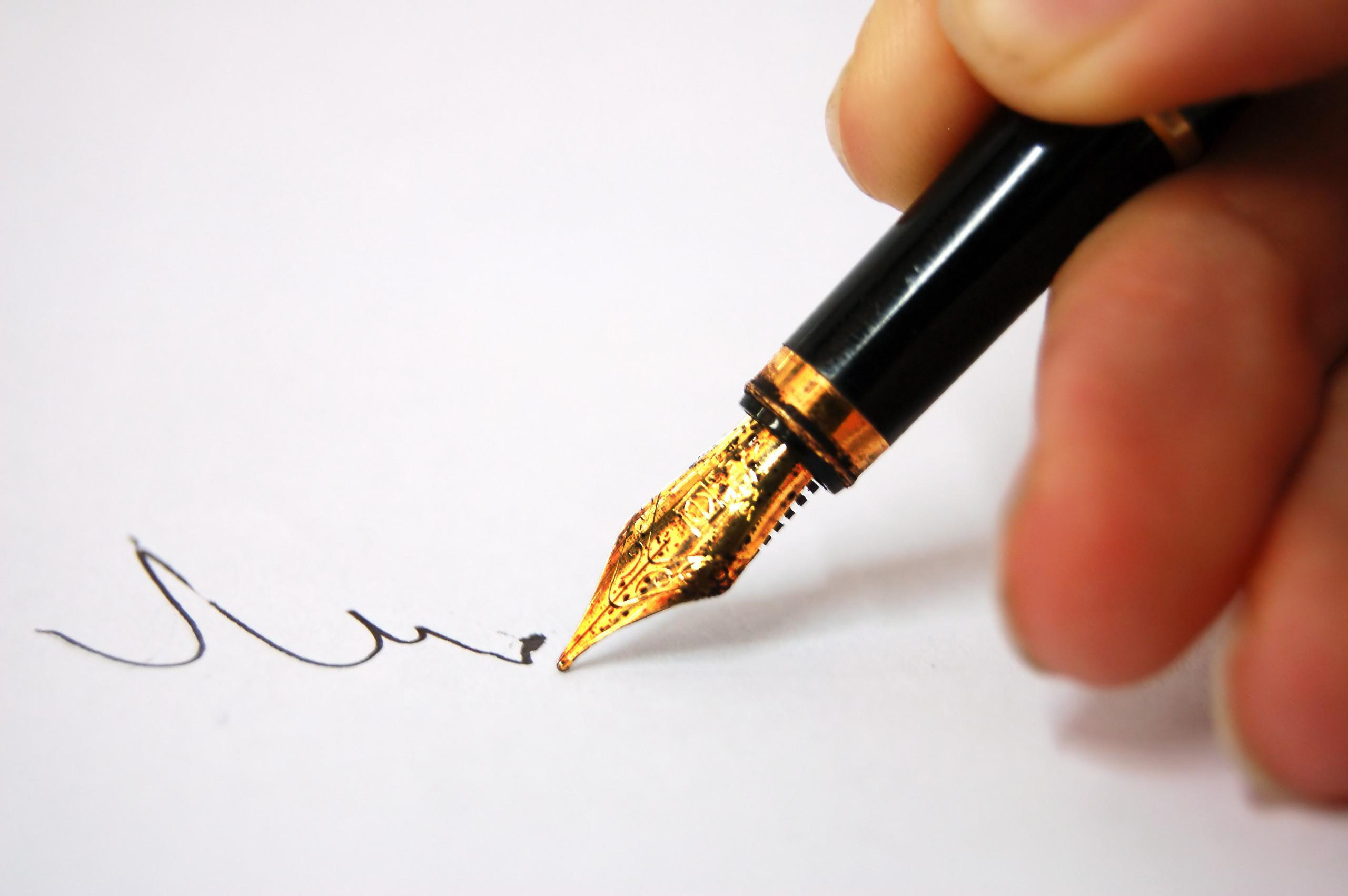 Lapát után tollat ragadtak Szigetmonostor lakosai